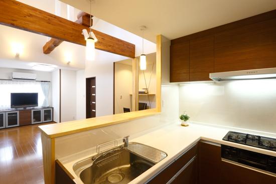 キッチン・お風呂・トイレの位置変更とリビングを広げるリフォーム