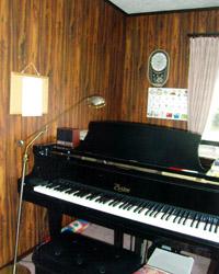 ピアノのレッスンルーム>