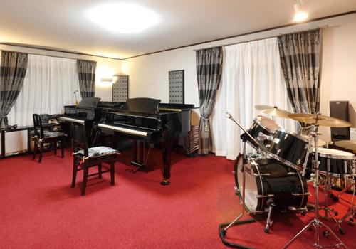 ピアノのレッスンルームを広くしたい!!