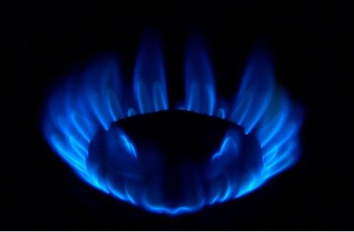 ガスコンロや給湯器がすべて点火しない…故障?知っておきたい原因4つと対処方法