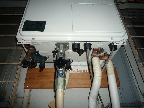 【ガス給湯器】その機能は必要?!もっとお安く交換できるかもしれません