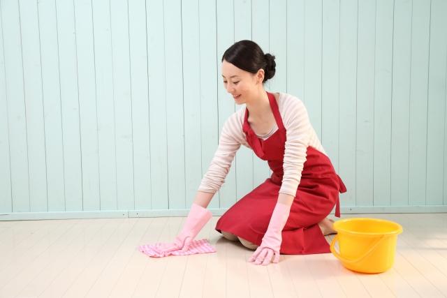 ちょっとずつ大掃除(1)家具や照明器具の上にたまったホコリ編