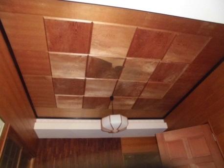 ◇玄関の天井貼替え◇