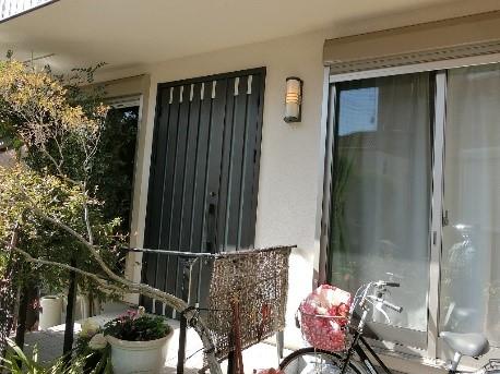 1日で取替え完了!簡単玄関ドア工事